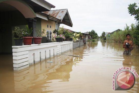 Warga Kota Gorontalo mulai antisipasi banjir