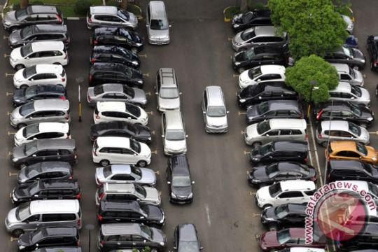 Jokowi masih pelajari efek kenaikan tarif parkir