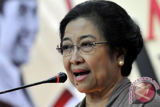 Megawati tegaskan UU Migas harus utamakan nasional