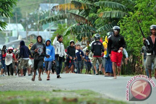 Ratusan warga Matra berjaga-jaga pascabentrok