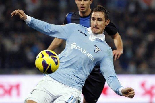 Habisi Empoli 4-0, Lazio geser Roma di peringkat dua