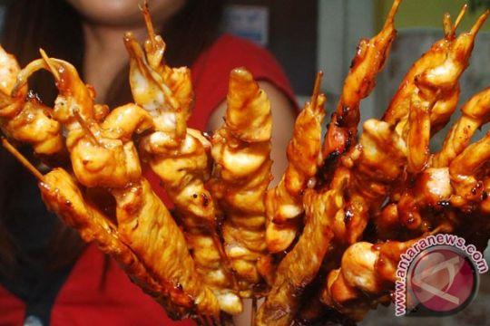 Hidangan Indonesia tersaji di bazar amal Tiongkok