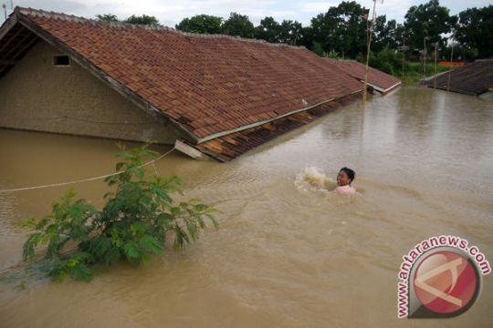 2.678 rumah di Lebak terendam banjir