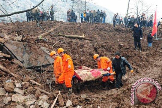 Korban tewas akibat longsor di China bertambah
