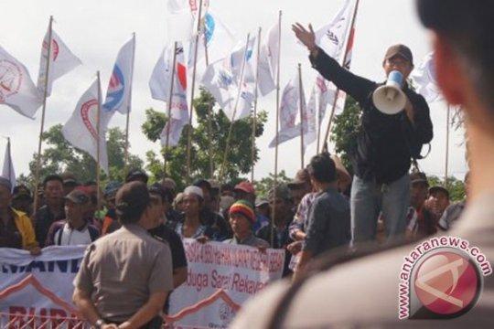 Masyarakat adat Lampung tuntut hak tanah ulayat