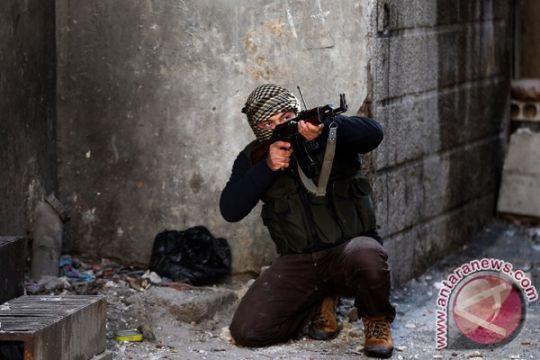 Inggris dan Prancis katakan dapat persenjatai pemberontak Suriah sekarang