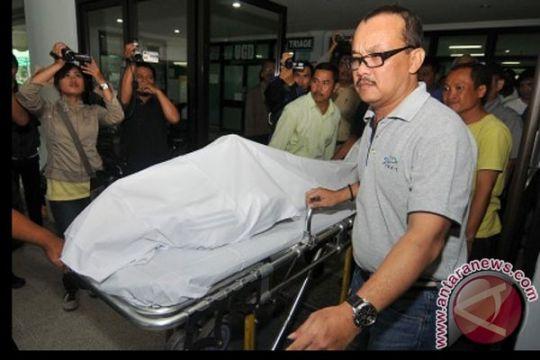 Jenazah Miroslav Janu rencananya dikremasi di Surabaya