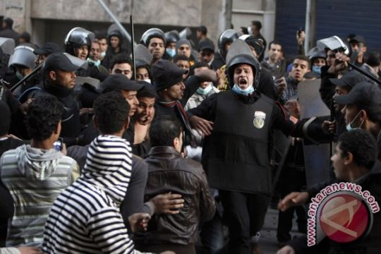 Secangkir teh warga berujung kerusuhan di Kairo