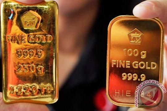 Emas turun karena krisis keuangan Yunani reda