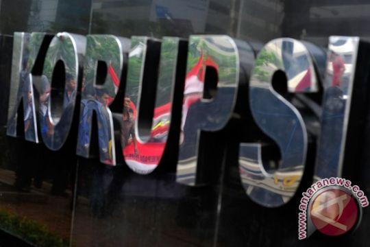 Koruptor dana PNPM menangis dituntut 10 tahun