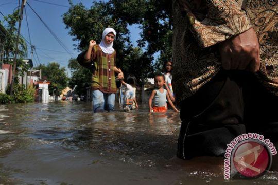 Banjir Kabupaten Madina renggut tiga korban jiwa