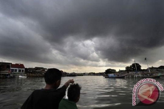 BMKG: Nelayan Kotawaringin Timur diminta waspadai gelombang dua meter