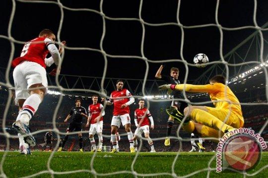 Munich permalukan Arsenal 3-1