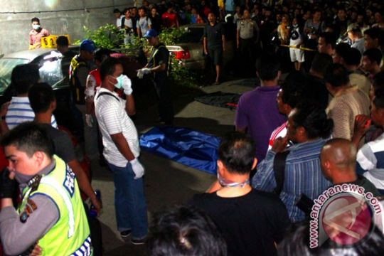 Petugas kebersihan temukan mayat bayi dalam kardus