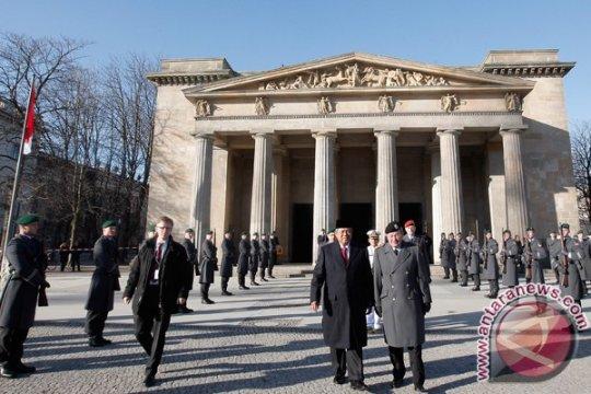 Presiden secara simbolis masuki Kota Berlin