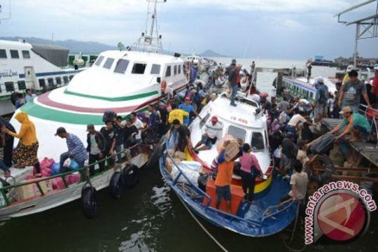 Ribuan TKI pulang kampung karena krisis Sabah