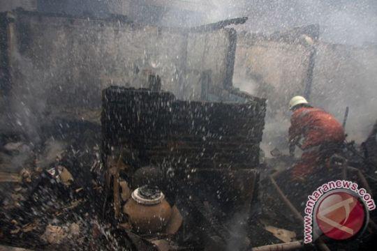 Kebakaran hanguskan bengkel mobil di Mukomuko