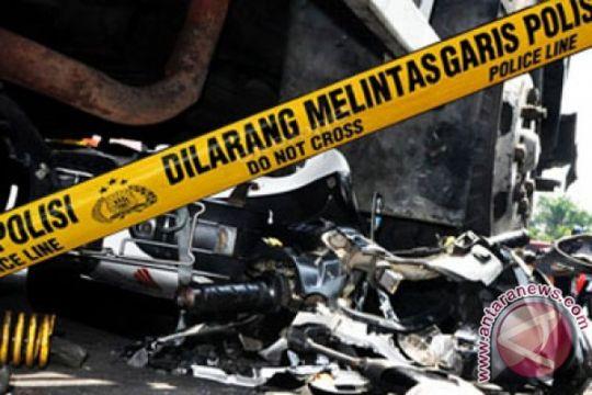 Pesepeda motor tewas tabrakan dengan truk kelapa sawit