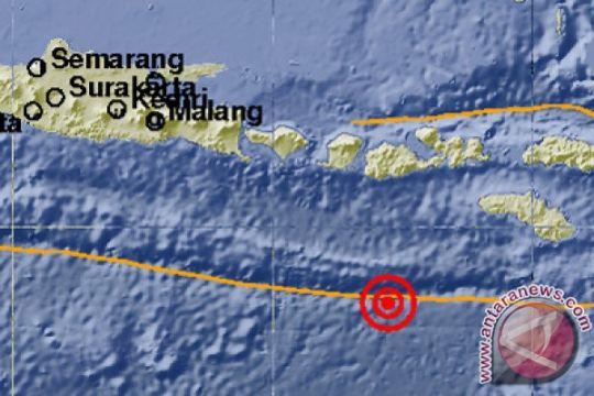 Wabup  Lombok Utara kunjungi korban gempa