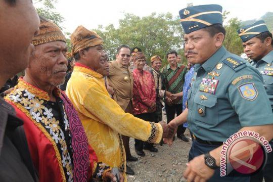 Kepala Staf TNI AL resmikan Tugu Dwikora di Nunukan