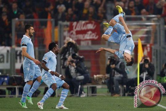 Pelatih Lazio kritik Anderson yang diburu MU