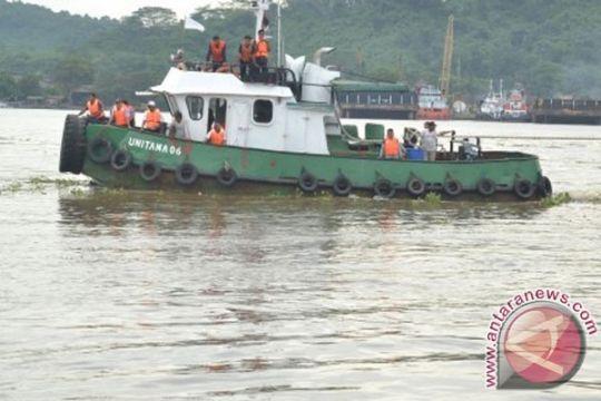 Tiga penumpang KM Karya Indah ditemukan tewas