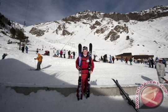 Pendaki putri Mahitala mulai tahapan pendakian Elbrus