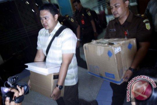 Mantan pemimpin cabang Bank Jabar ditahan