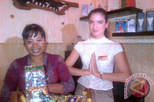 Pijatan wanita Bali disukai pria-pria Rusia