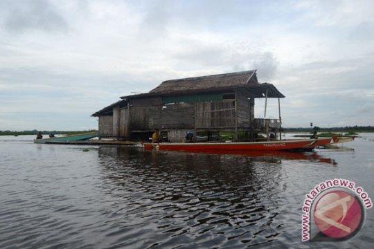 Nelayan Sulut yang hanyut di Maluku Utara ditemukan Basarnas