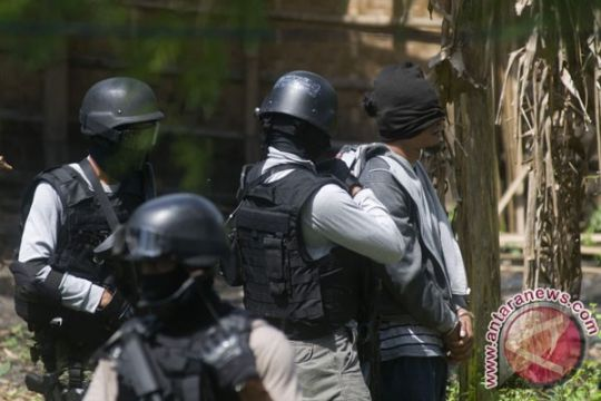 Densus lepas terduga teroris korban salah tangkap