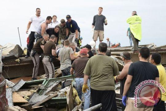 Pencarian korban Tornado Oklahoma hampir tuntas