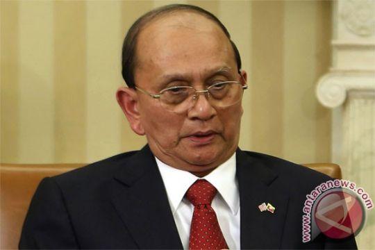 Kekerasan landa bagian barat Myanmar saat kunjungan presiden