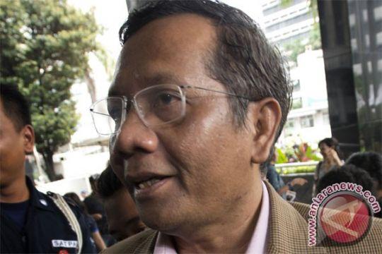 Mahfud MD: Hakim konstitusi bisa korupsi sendiri