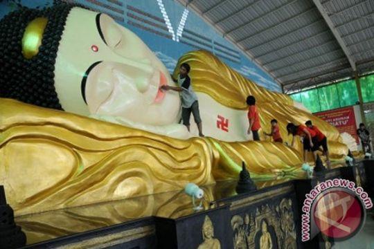 Umat Budha Bali sambut Waisak