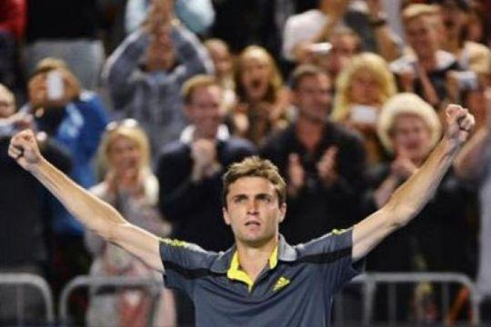 Simon kejutkan Berdych di Wimbledon
