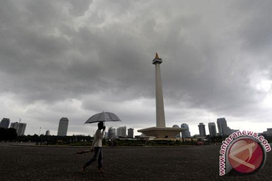 Sebagian Jakarta diperkirakan hujan disertai angin kencang