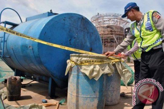 Polair Jambi amankan 5.000 liter minyak ilegal