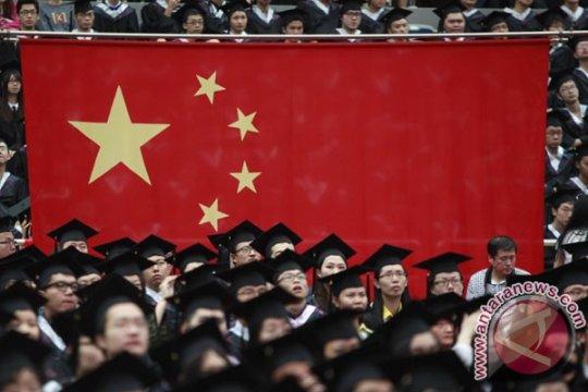 Mahasiswi universitas ternama Beijing bunuh diri setelah tesis ditolak