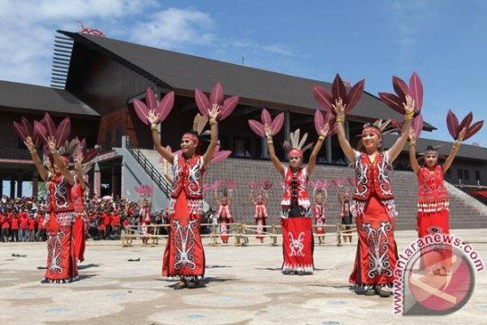Kemenparekraf promosi wisata Kalimantan di Jawa Timur