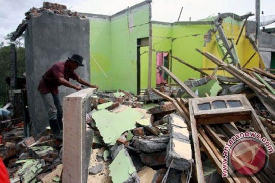 Mensos: pengungsi korban gempa dapat jatah hidup