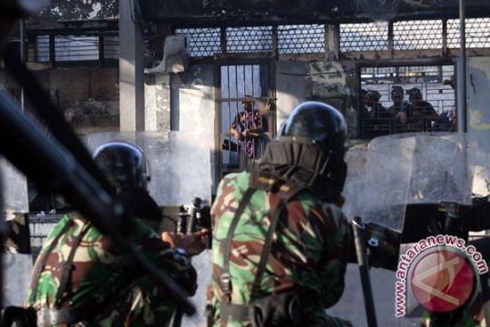 Sembilan narapidana tewas gara-gara rusuh dalam penjara