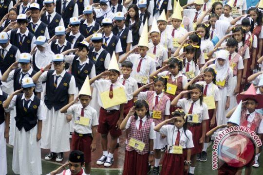 Pelajar SD-SMA diwajibkan baca deklarasi antinarkoba setiap upacara Senin