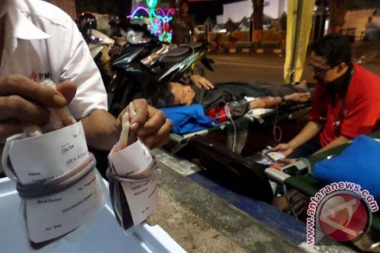 PMI Bojonegoro layani donor darah malam selama Ramadan