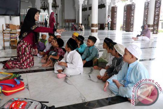 Program magrib mengaji mendidik anak
