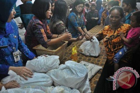 Ribuan warga Banten padati pasar murah Ramadhan