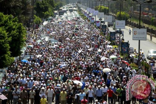 Keluarga imam Masjid Irlandia terjebak kerusuhan Mesir