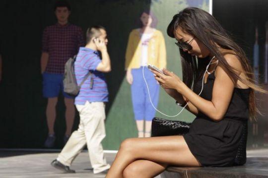 Pengguna telepon genggam di Tiongkok mencapai 94,5 persen