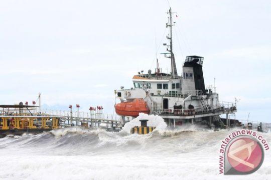 Siklon Mangkhut sebabkan gelombang tinggi di Maluku-Halmahera