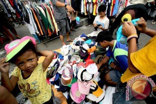 Pakaian bekas impor ancam industri kecil